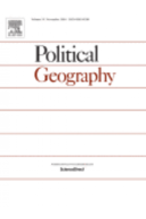 Critical Geopolitics and School Textbooks: The Case of Environment-Conflict Links in Germany